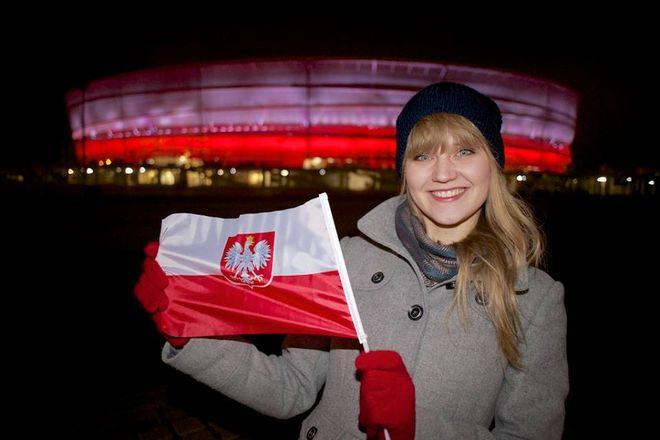 Wrocławska arena w narodowych barwach