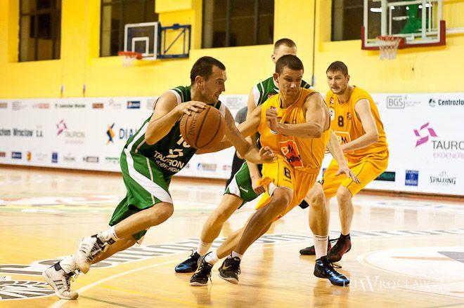 Rafał Glapiński w spotkaniu ze Stalą Ostrów zdobył 10 punktów