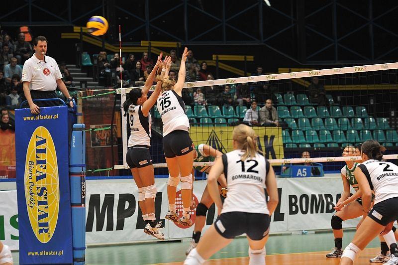 Siatkarki Gwardii pomimo porażki w drugim spotkaniu z Lokomotivem Baku awansowały do kolejnej fazy rozgrywek.