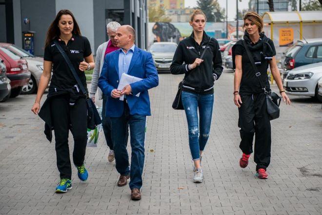 Prezes klubu Jacek Grabowski jest teraz jednocześnie trenerem wrocławskich siatkarek
