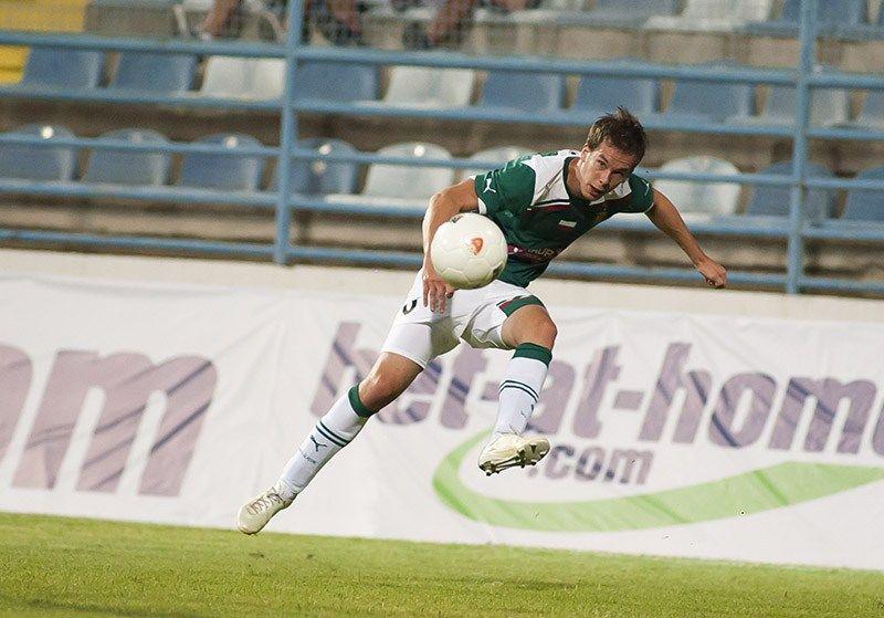 Słowak Patrik Mraz w meczu z Helsingborgs IF może dostać kolejną szansę od trenera Oresta Lenczyka.