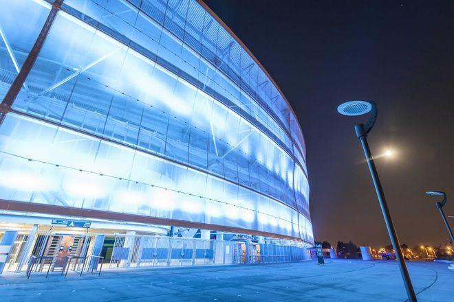 Ostatnio takie barwy stadion przyjął 14 listopada. w dzień walki z cukrzycą