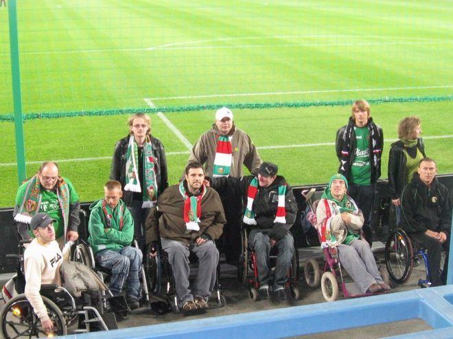 Niepełnosprawni kibice chętnie dopingują Śląsk