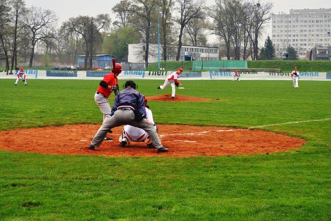 Wrocławianie wygrali jedno spotkanie na początek sezonu