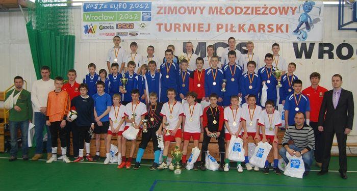 Zimowa edycja turnieju cieszyła się dużym zainteresowanie młodych piłkarzy.