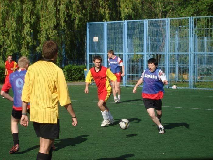 Już w sobotę rozgrywki zainaugurują zespoły biorące udział w rywalizacji ''szóstek'' piłkarskich.
