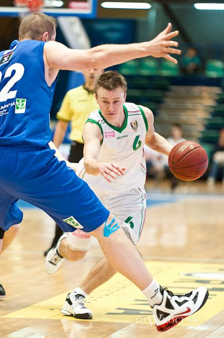 Robert Skibniewski w kolejnym meczu poprowadził swój zespół do zwycięstwa