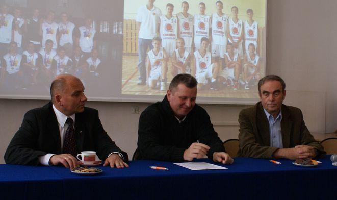Od lewej: Jacek Grabowski, Marek Olesiewicz, Jerzy Łysiak