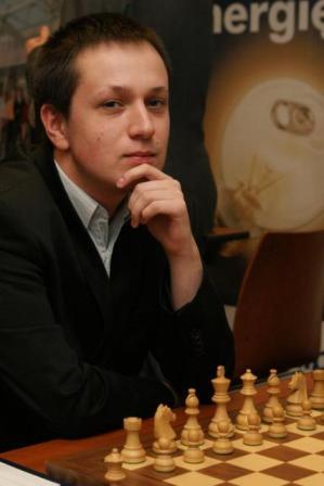 Radosław Wojtaszek - najlepszy obecnie polski szachista, wicemistrz Europy seniorów, w rozgrywkach drużynowych w tym roku będzie reprezentował Polonię Wrocław.