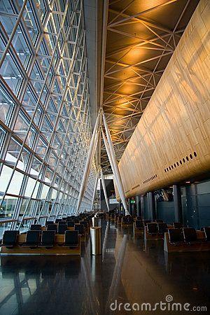 Wrocławskie krzesełka standardem mają nie odbiegać od siedzisk terminalu w Zurichu.