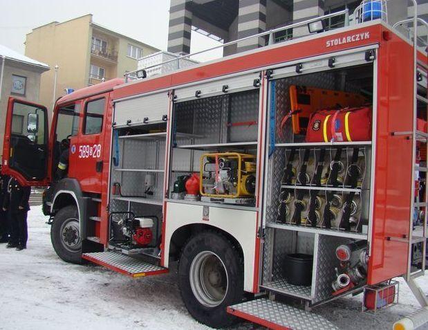 Dzięki szybkiej akcji, strażakom udało się ugasić dwa auta