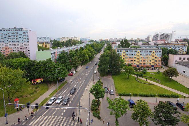 Zakaz parkowania na jezdni obowiązuje między skrzyżowaniem ze Swobodną a Zaolziańską