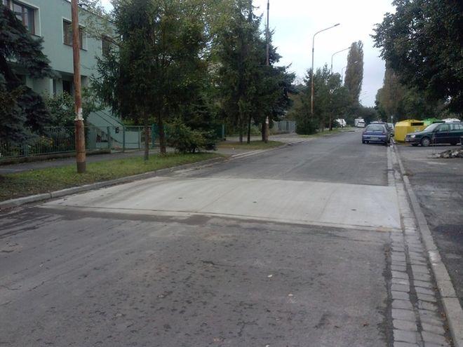 Gotowy próg na ulicy Jugosławiańskiej