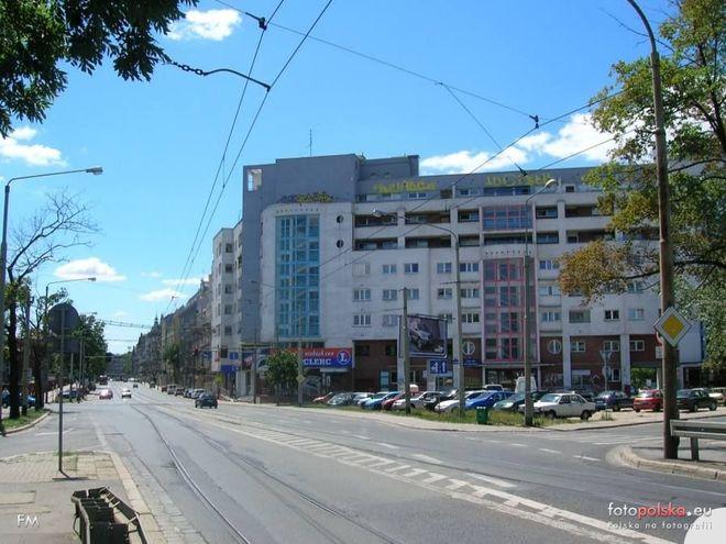 Ulica Trzebnicka, widok w stronę południową