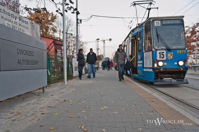 Tak wyglądają przystanki tramwajowe na węźle Borowska...