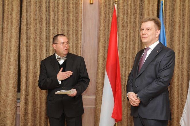Krzysztof Bramorski (z prawej) i Ambasador Wielkiego Księstwa Luksemburg w Polsce Conrad Bruch