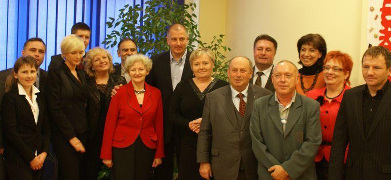 Z tą ekipą Rafał Dutekiewicz chce zdobyć większość w radzie miasta.