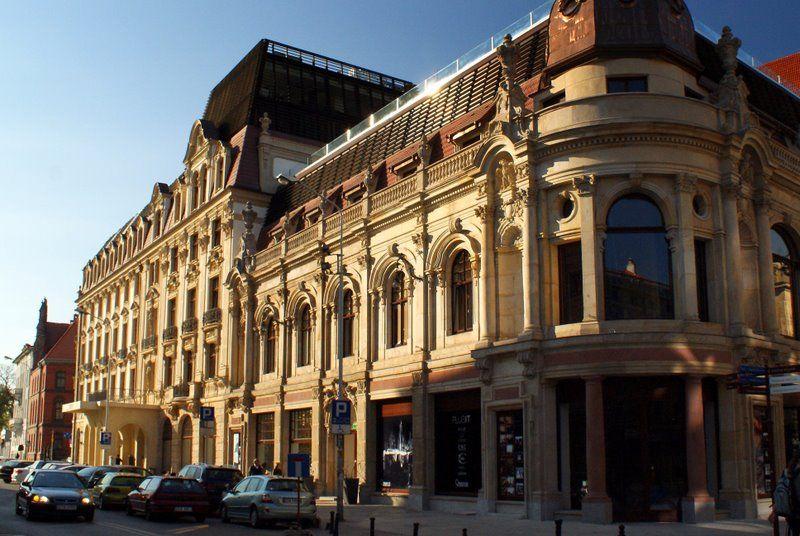 Holding Liwa ma już we Wrocławiu jeden hotel - Monopol.
