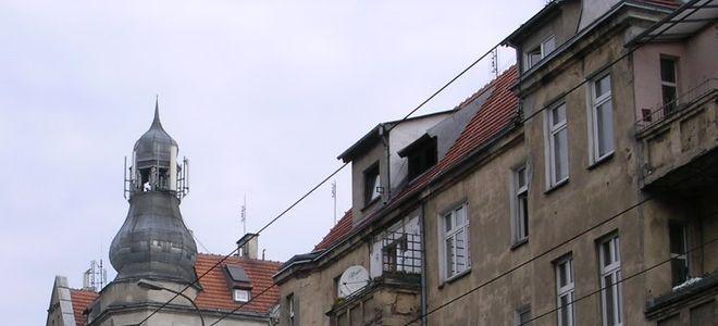 Wrocławianie mogą do 19 marca składać deklaracje przystąpienia do programu usuwania azbestu z budynków