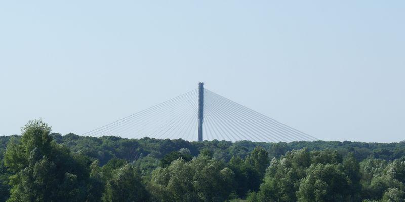 Most Rędziński widziany z mostu Millenijnego