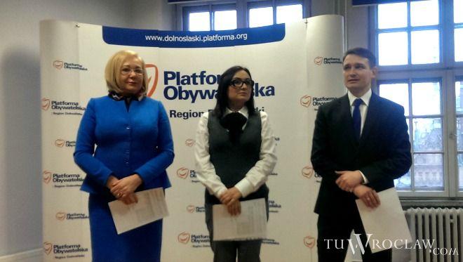 Dolnośląscy posłowie PO: Aldona Młyńczak, Monika Wielichowska i Michał Jaros walczą o budowę drogi ekspresowej S8 do czeskiej granicy