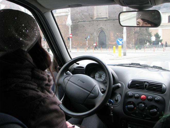 Ręce na kierownicę!