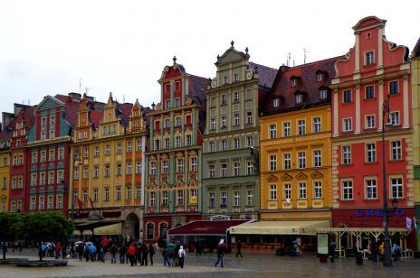 Dzięki tym kamieniczkom Wrocław został wybrany jednym z najbarwniejszych miast świata.