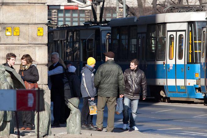 Ruch tramwajów przy Arkadach został czasowo wstrzymany