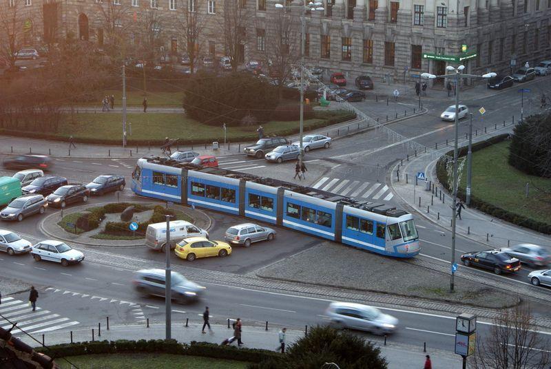 Nowa sygnalizacja świetlna będzie sterowała ruchem na placu Kościuszki