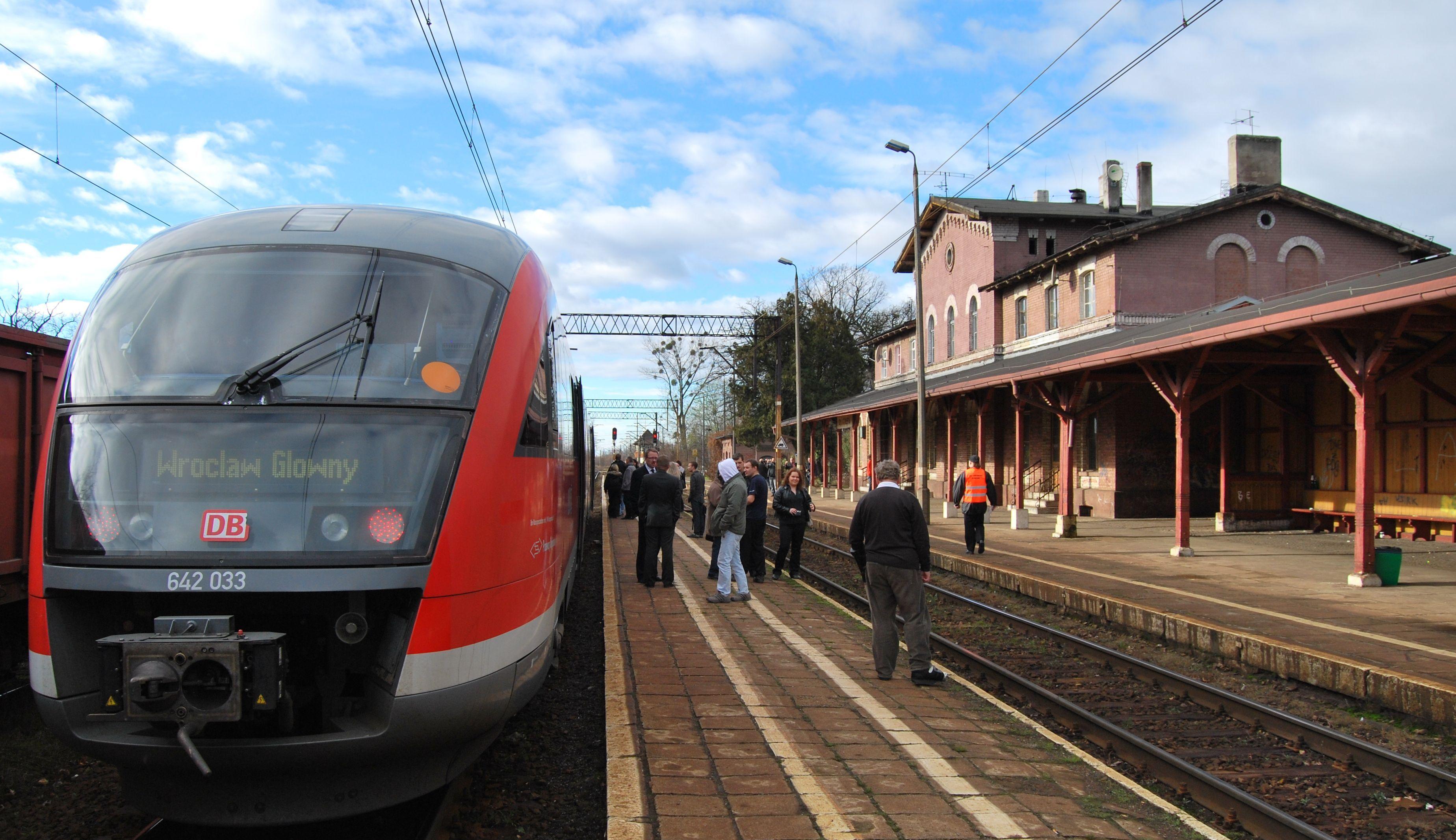 Wrocławscy aktywści walczą o modernizację linii kolejowej z Wrocławia do Sobótki
