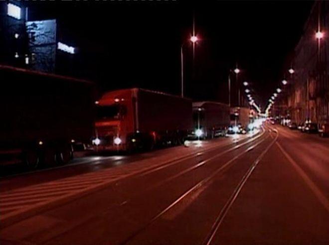 Tak wygląda Sienkiewicza o 4 rano<A href='http://www.tvp.pl/wroclaw/informacyjne/fakty-program-informacyjny/wideo/09032011/4119437'' target=_blank> (zdjęcia dzięki uprzejmości Telewizji Polskiej) </A>