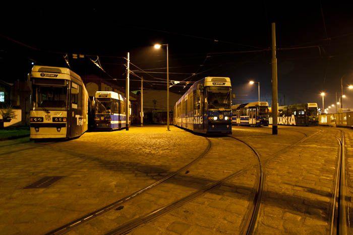 Motorniczy przez panujące ciemności nie miał czas na wyhamowanie tramwaju