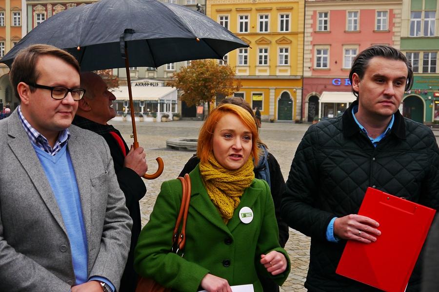 Wrocławska lewica: koniec z umowami śmieciowymi, zadbamy o prawa pracowników