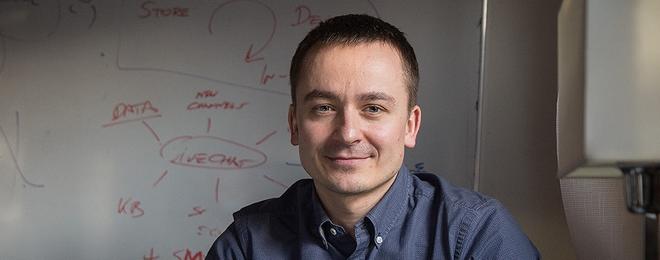 Mariusz Ciepły to prezes i jeden z założycieli wrocławskiej spółki LiveChat Software