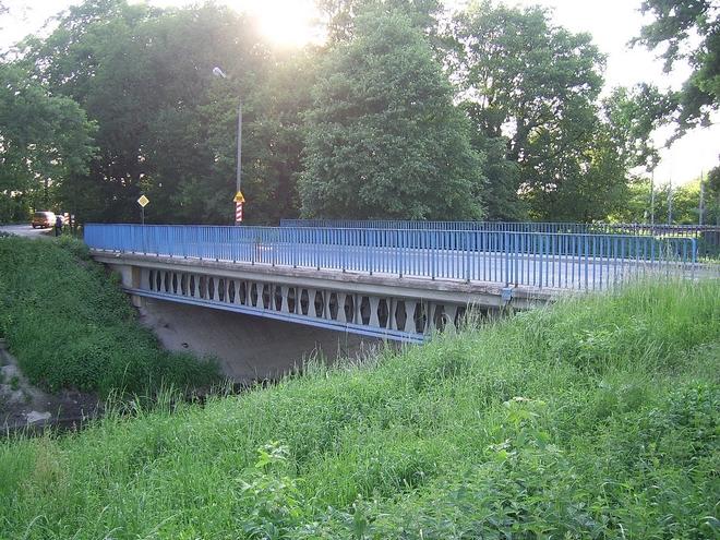 Projekt dotyczący utworzenia ścieżek na wałach Ślęzy na Oporowie, Muchoborze Wielkim i Klecinie nie zostanie zrealizowany