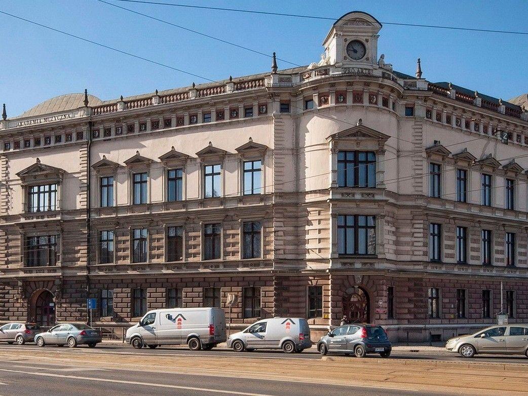 Narożnik gmachu Akademii Muzycznej