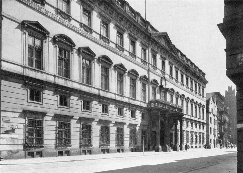 Pałac przed wojną