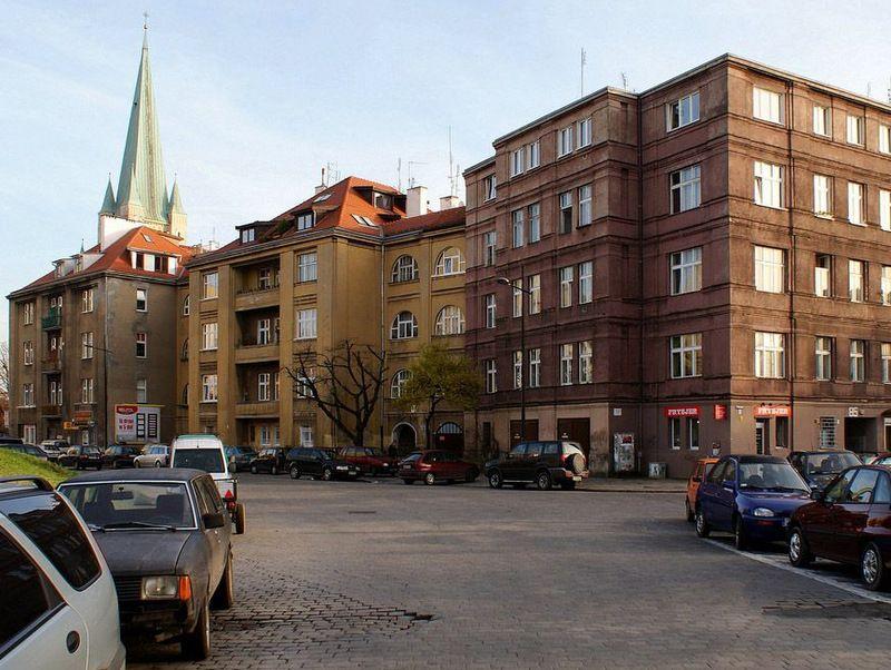 Budynki przy ulicy Sztabowej 85, 87, 89