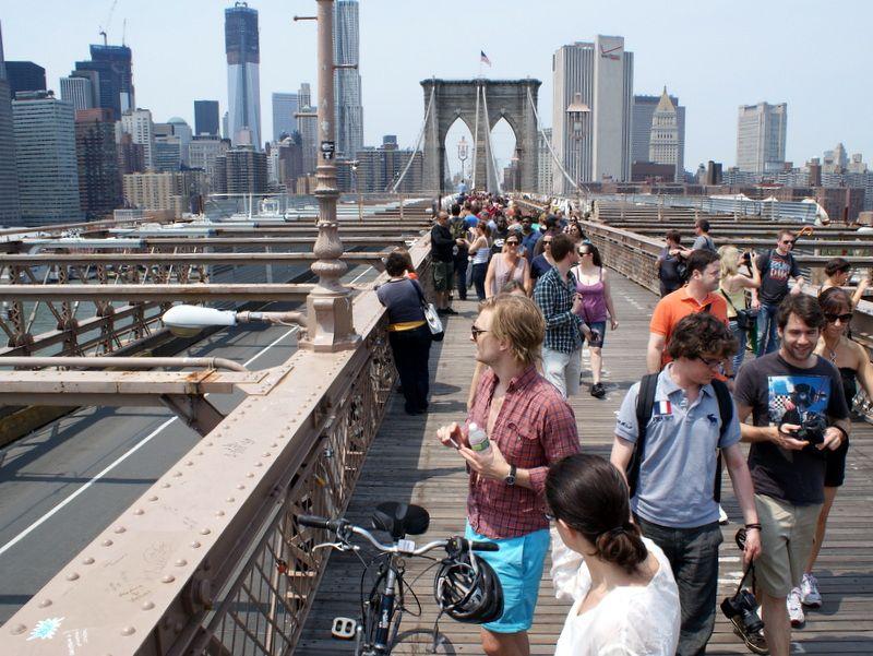 Tłumy na Moście Brooklyńskim