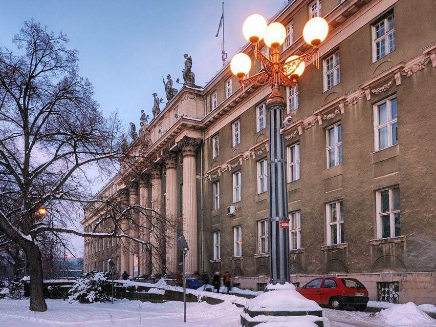 Fasada budynku, ul. Joannitów
