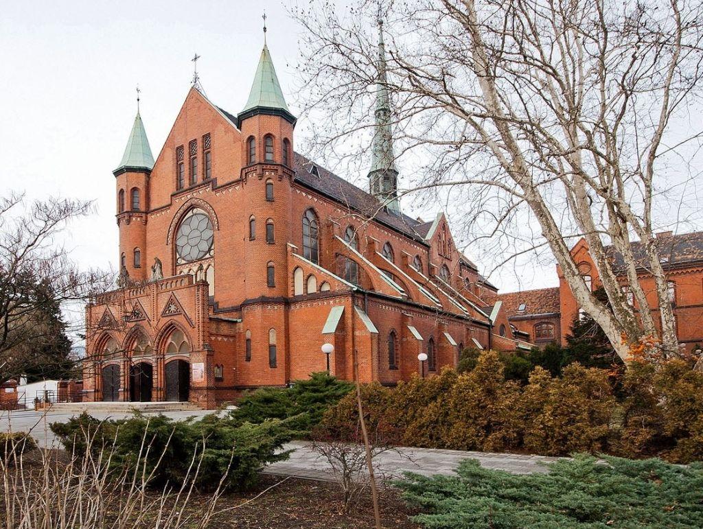 Bryła kościoła od strony wschodniej