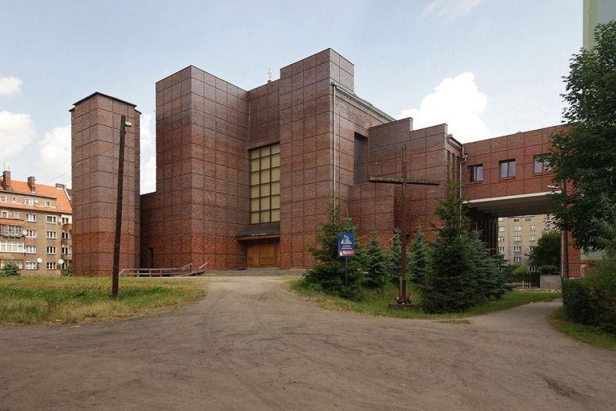 Kościół pw. św. Stanisława Kostki od strony pd.-zach.