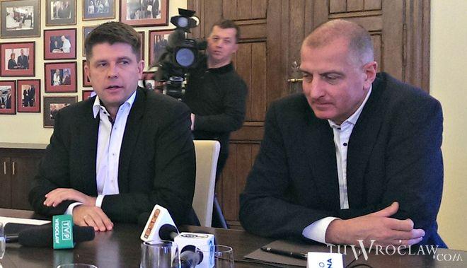 Ryszard Petru (z lewej) założył Stowarzyszenie NowoczesnaPL