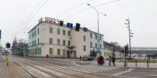 Poczta Polska przymierza się do sprzedaży swoich budynków tuż przy Dworcu Głównym