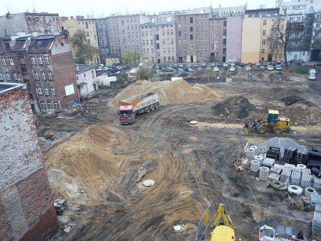 Na podwórku przy Niemcewicza i Jagiellończyka prace są najbardziej zaawansowane