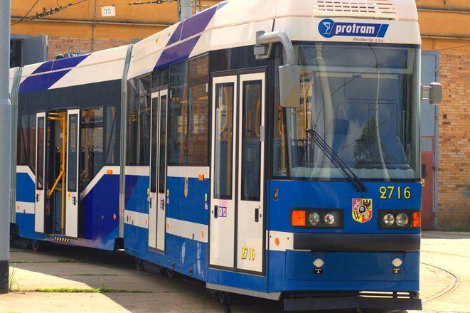 Nowy tramwaj MPK, zakupiony z dotacji unijnych.