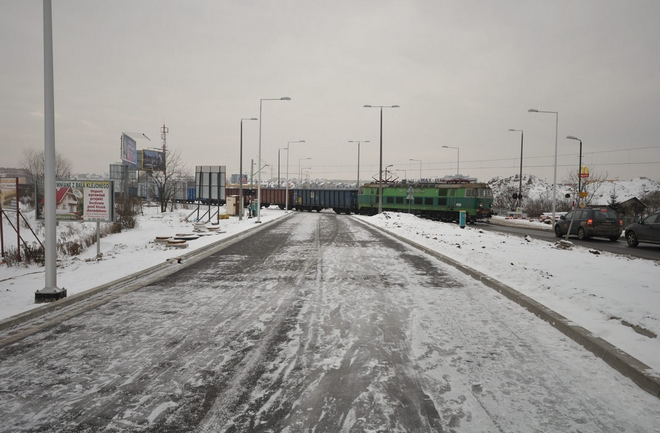 Od kilku lat przejazd kolejowy na ulicy Strzegomskiej użytkowany jest niezgodnie z prawem