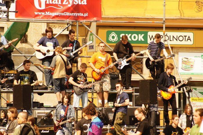 Gitarowy rekord 2011.