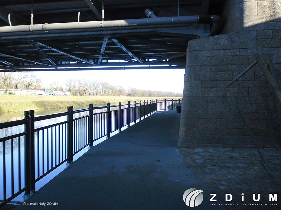 Już wkrótce rowerzyści będą mogli przejechać nową ścieżką rowerową pod mostem Jagiellońskim
