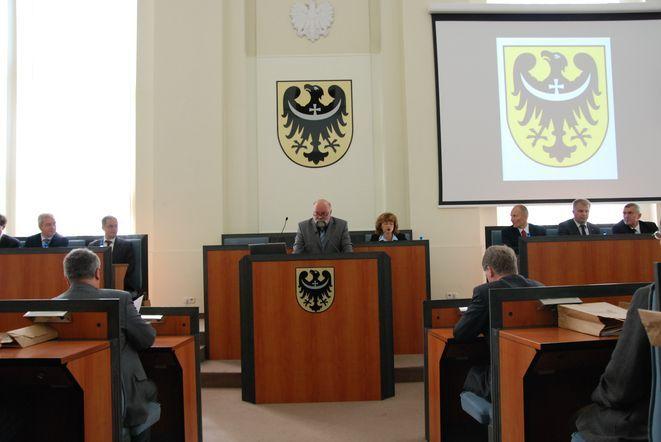 Kto zbuduje koalicję w sejmiku będzie rządził Dolnym Śląskiem.